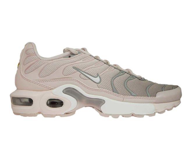 852630 105 Nike Air Max Plus Tn 1 White White Lt Blue Fury 718071 600 Nike Kids