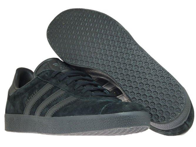 adidas originals gazelle trainers in black cq2809 black